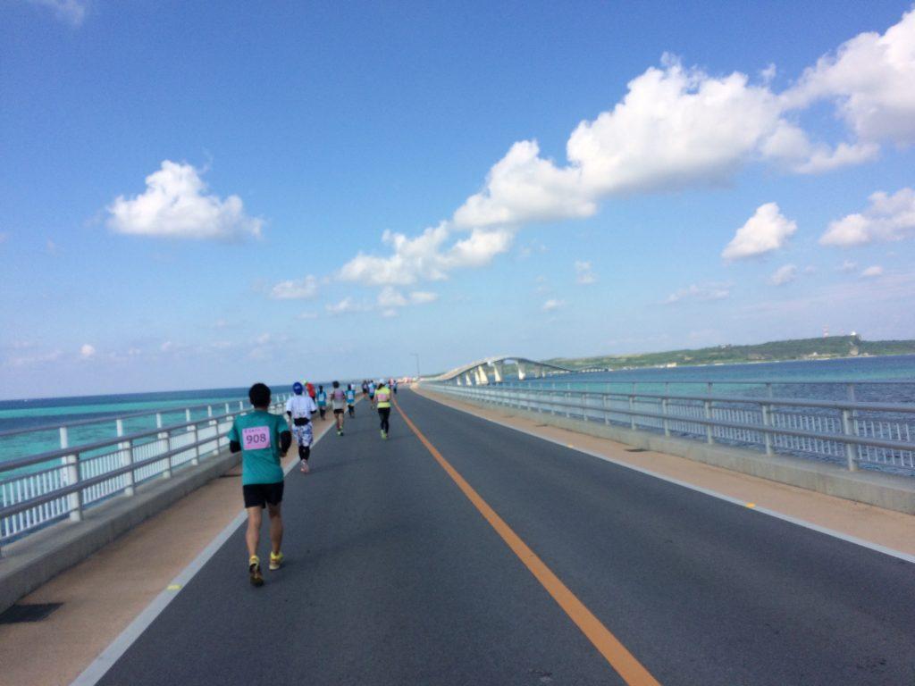 宮古島マラソンのコース(伊良部大橋)