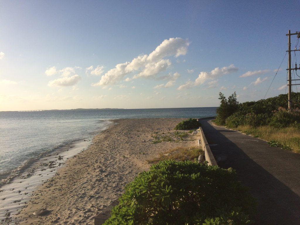 大神島のビーチ