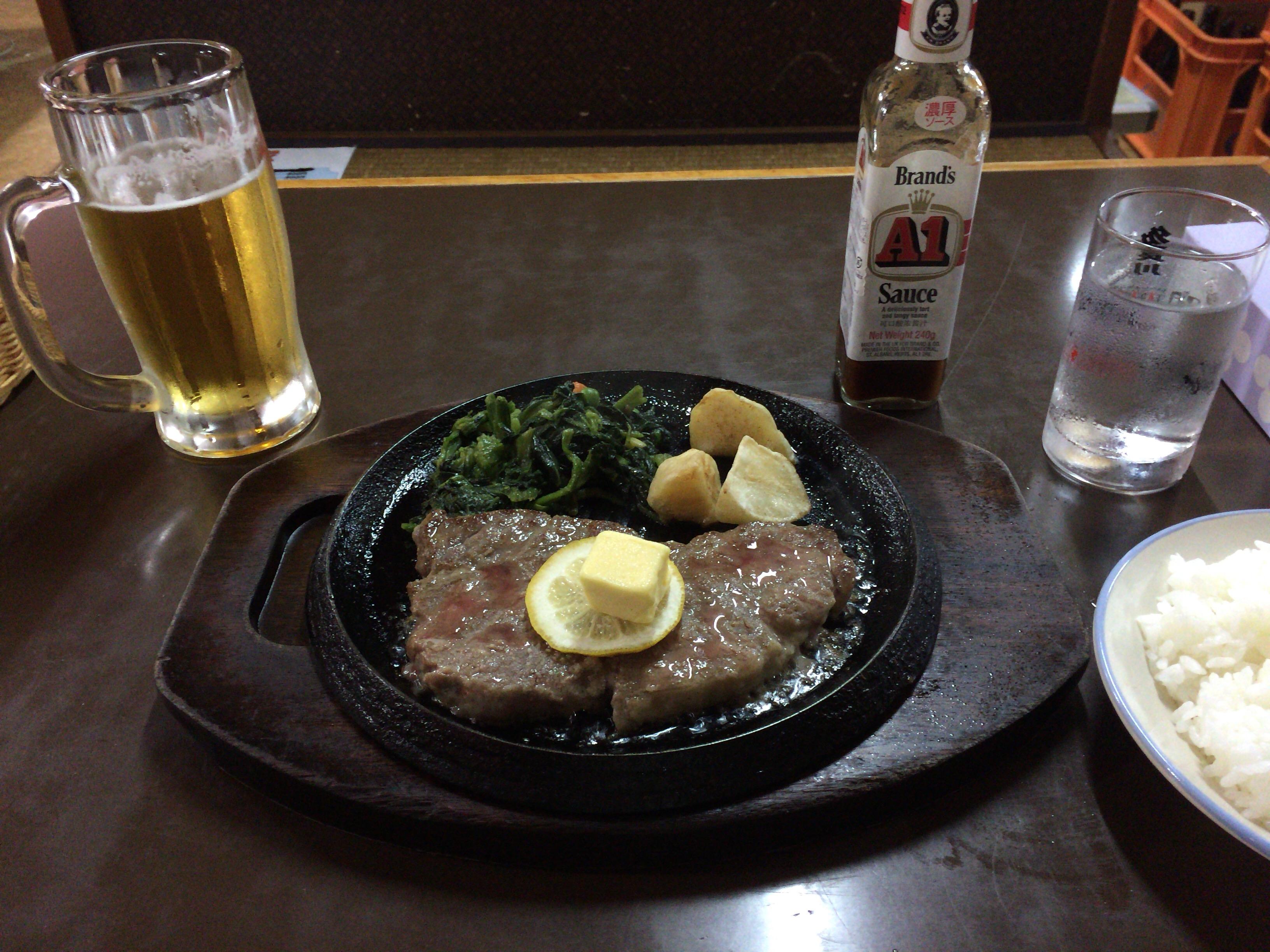 「野咲家」のステーキ