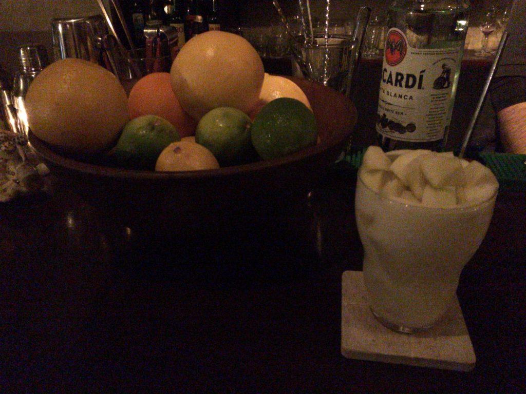 梨のフルーツカクテル