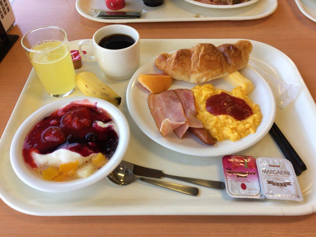 ホテル浦島の朝食(バイキング)