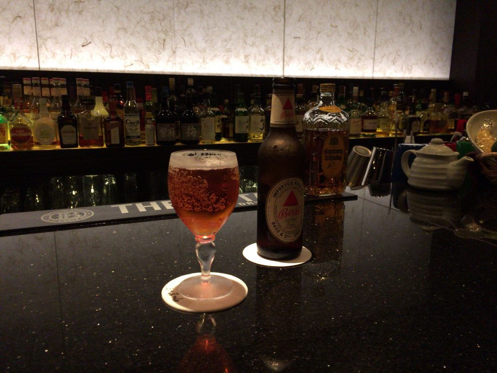 こちらは定番のバスペールエール(イギリスのビール)