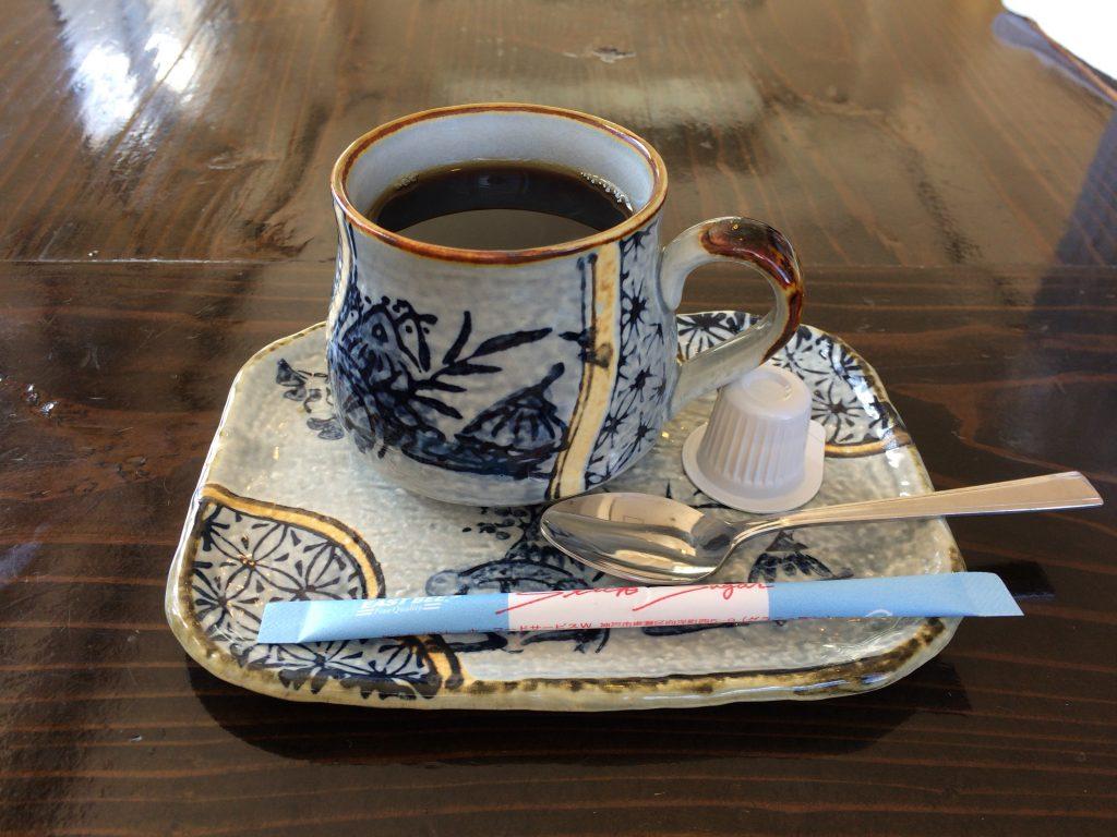 「うみのそば」のホットコーヒー