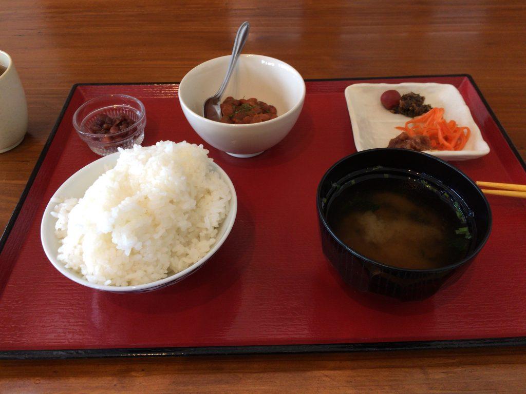 久高島宿泊交流館の朝食