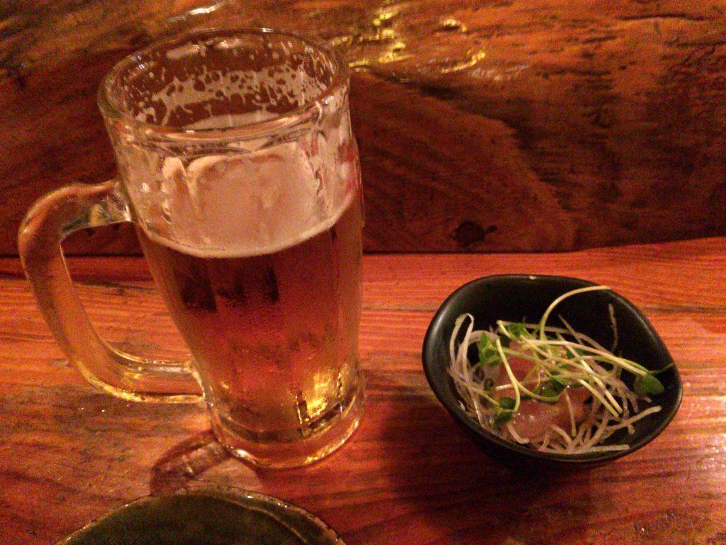 オリオンビールとお通しの魚