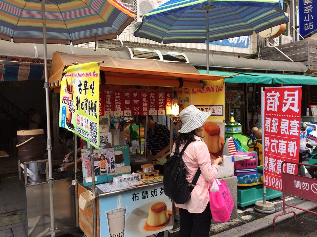 台湾にはドリンクスタンドが多い