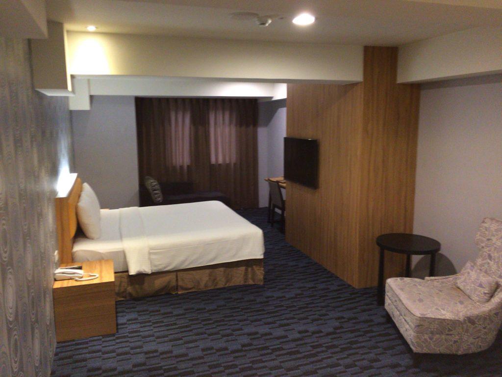「バンブーホテル」の客室(スタンダードダブル)