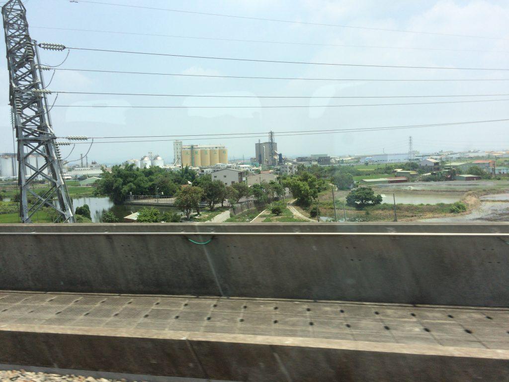 台湾新幹線の車窓から