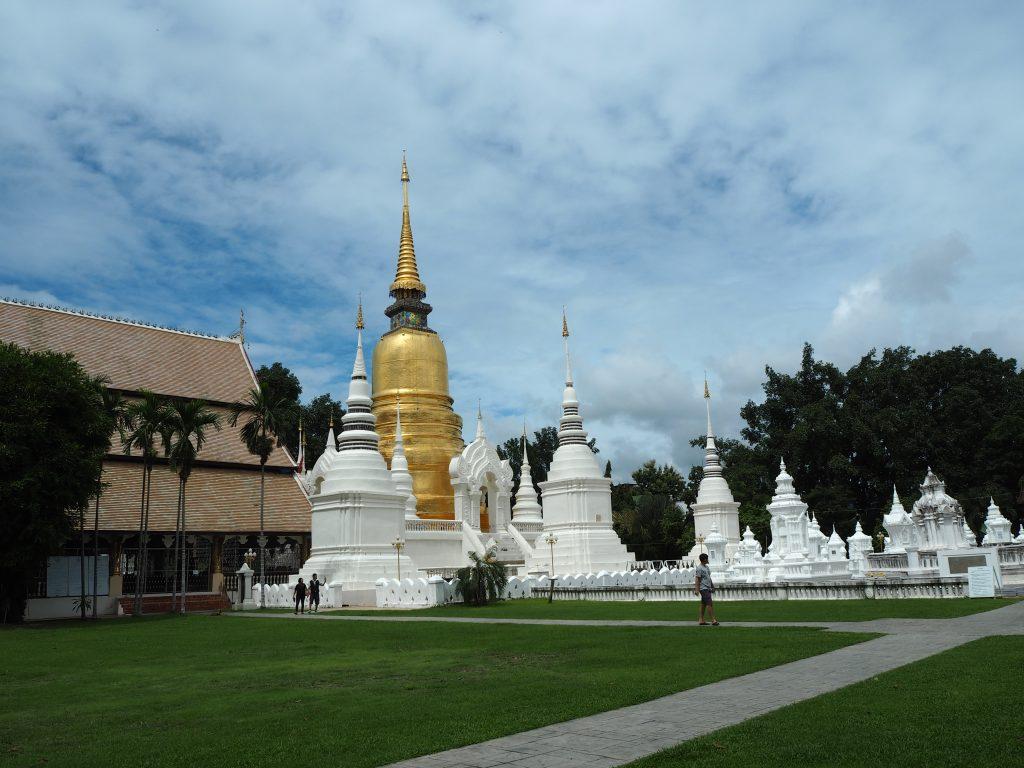 ワット・スアン・ドーク(Wat Suan Dok)