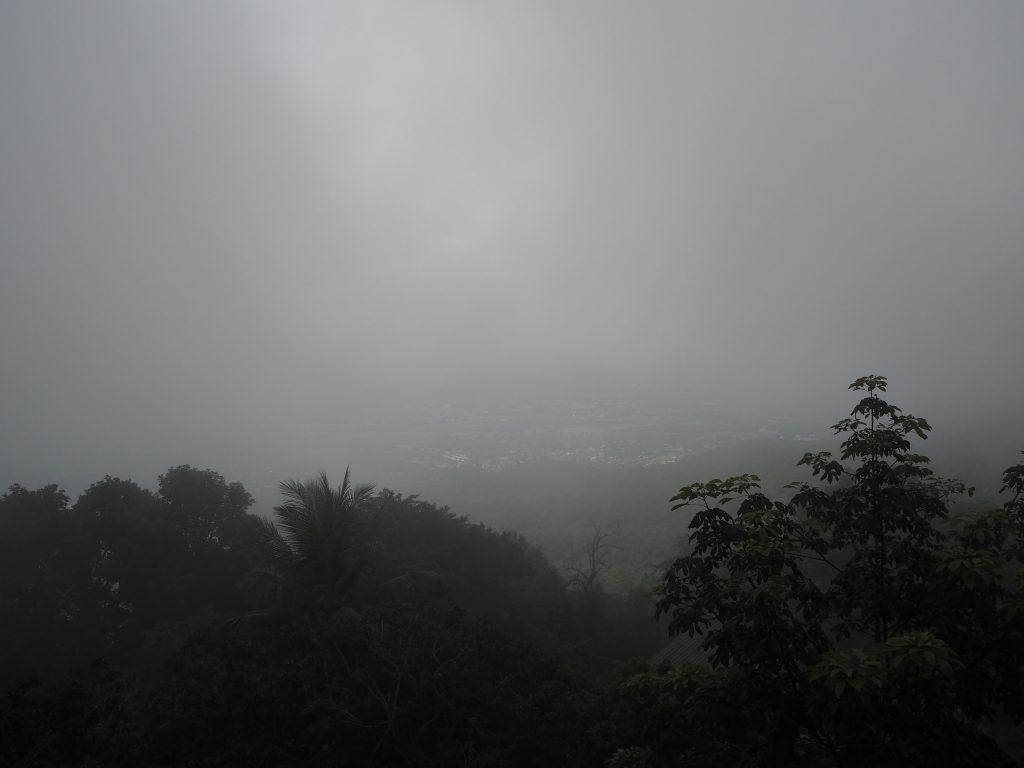 寺院から見るチェンマイ市街地