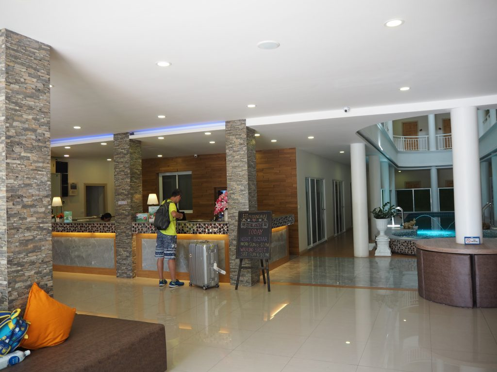 「ハイ チェンライ ホテル」フロント