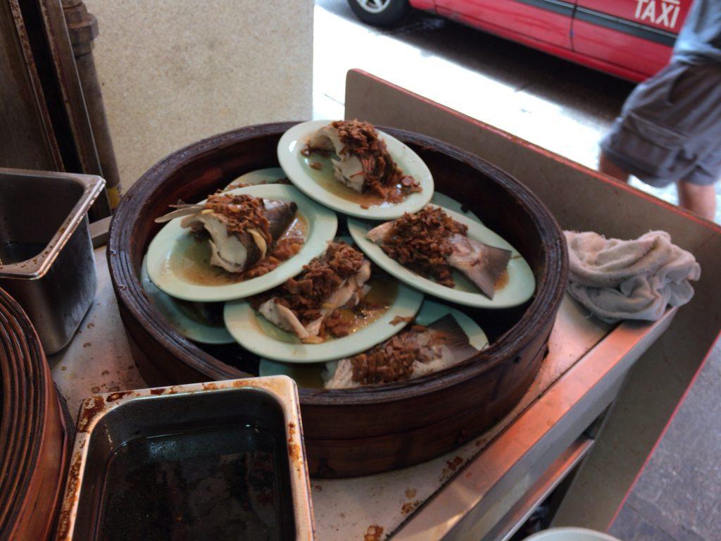 ランチセットの魚料理