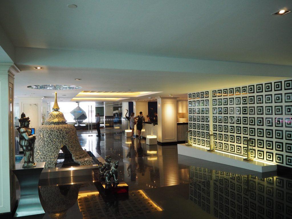 「ドリーム ホテル バンコク」ロビー