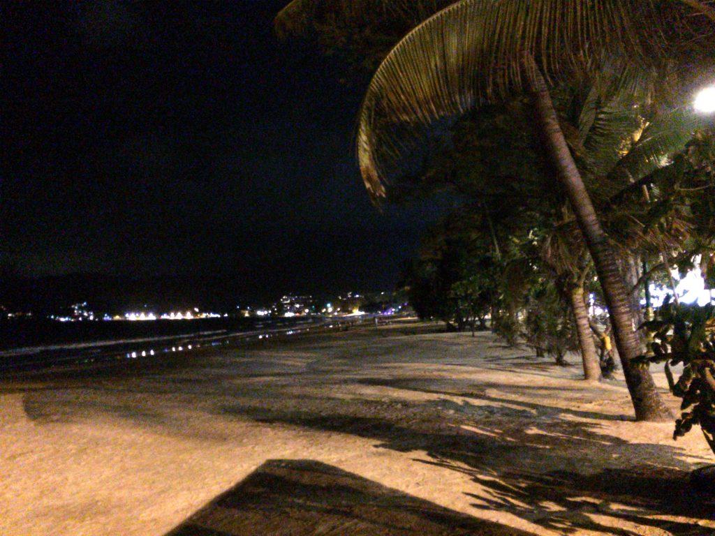 プーケットのパトンビーチ(夜)