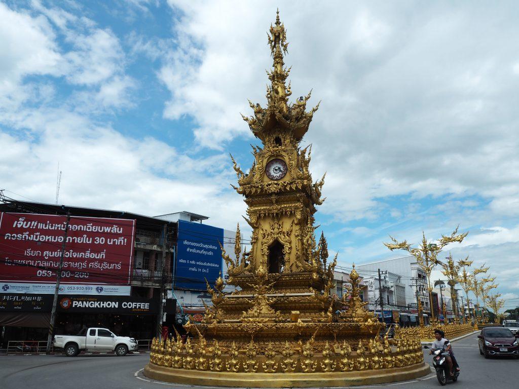 チェンライのアイコンである時計塔