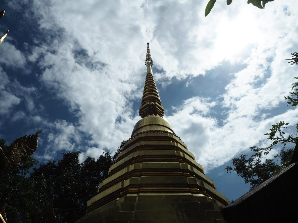 「ワット・プラケオ」の仏塔