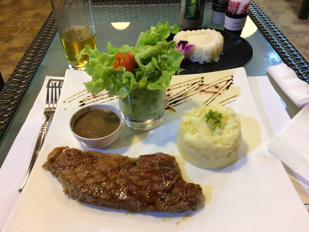 サーロインステーキ(ニュージーランド産牛肉)