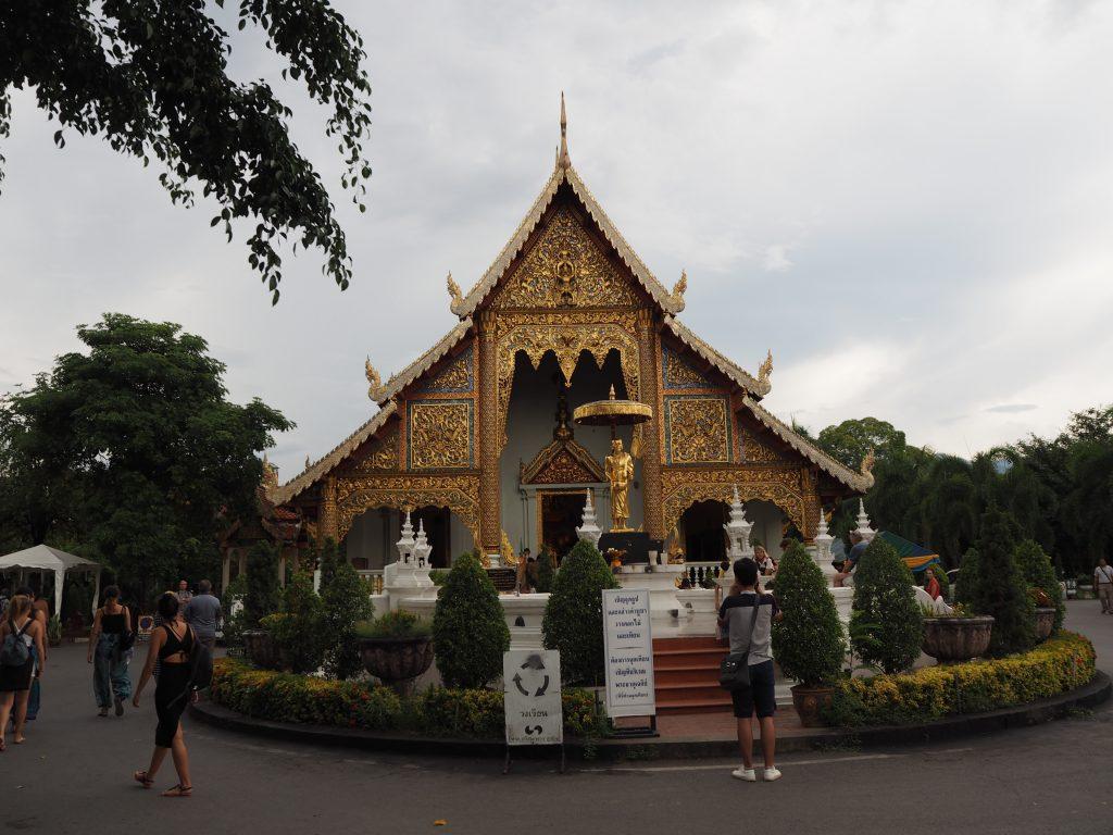 「ワット・プラシン(Wat Phra Sing)」