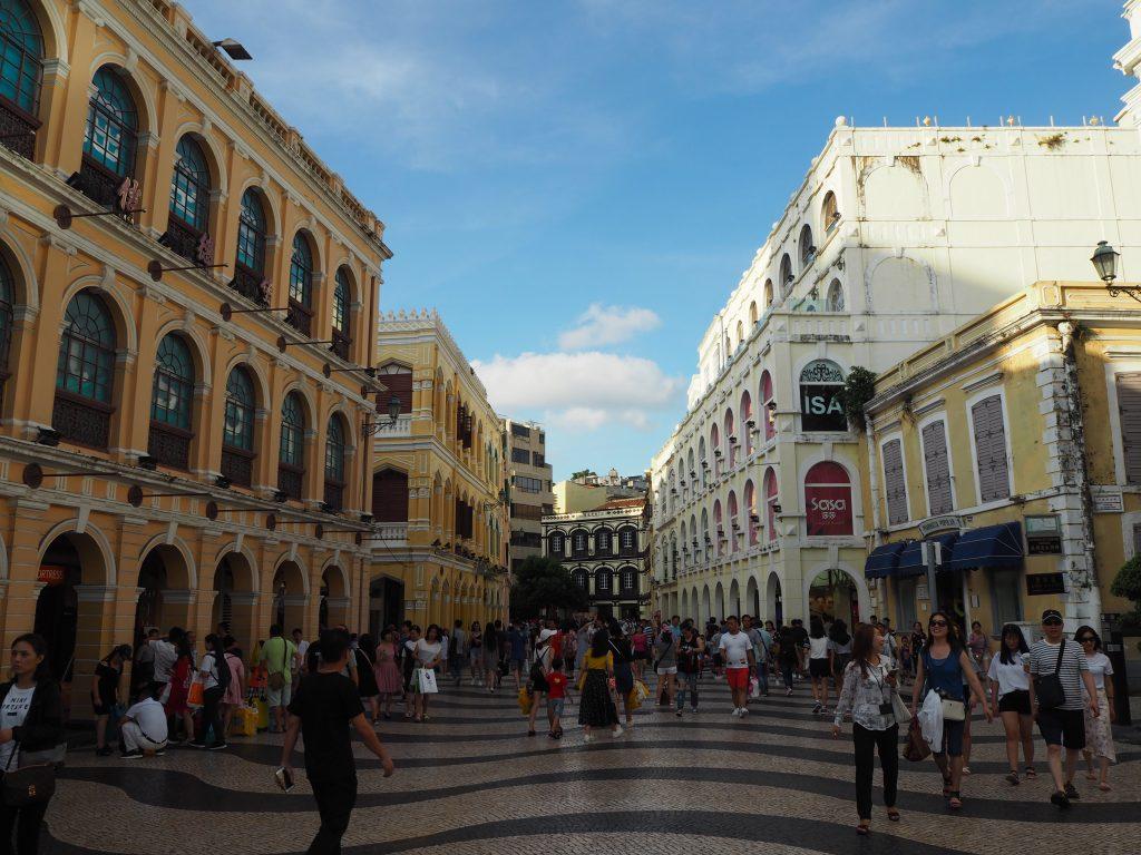 セナド広場(Senado Square)