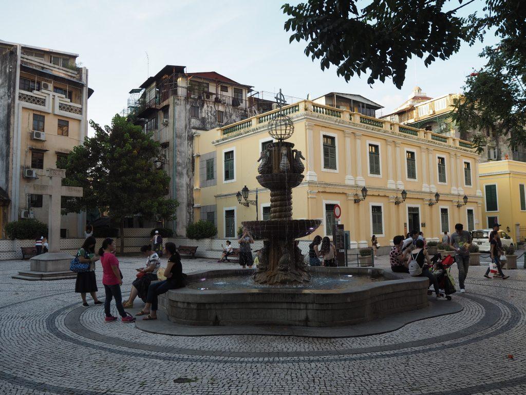 カテドラル(大堂)広場(Cathedral Square)
