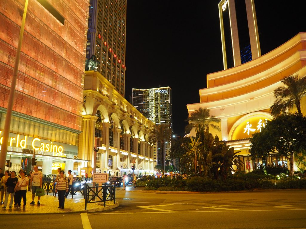 真ん中(奥)には僕が泊まった「アスコットマカオ(Ascott Macau)」が見える