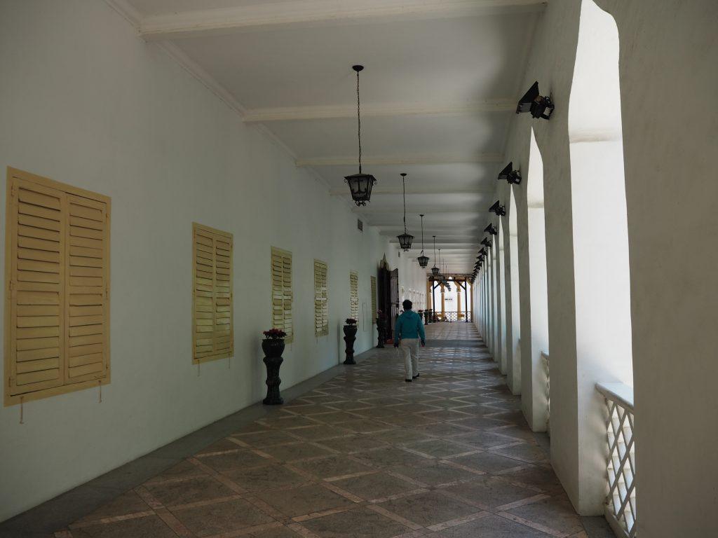 港務局の回廊