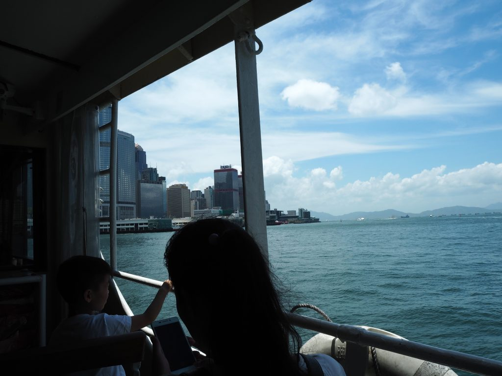 スターフェリーから見る香港島
