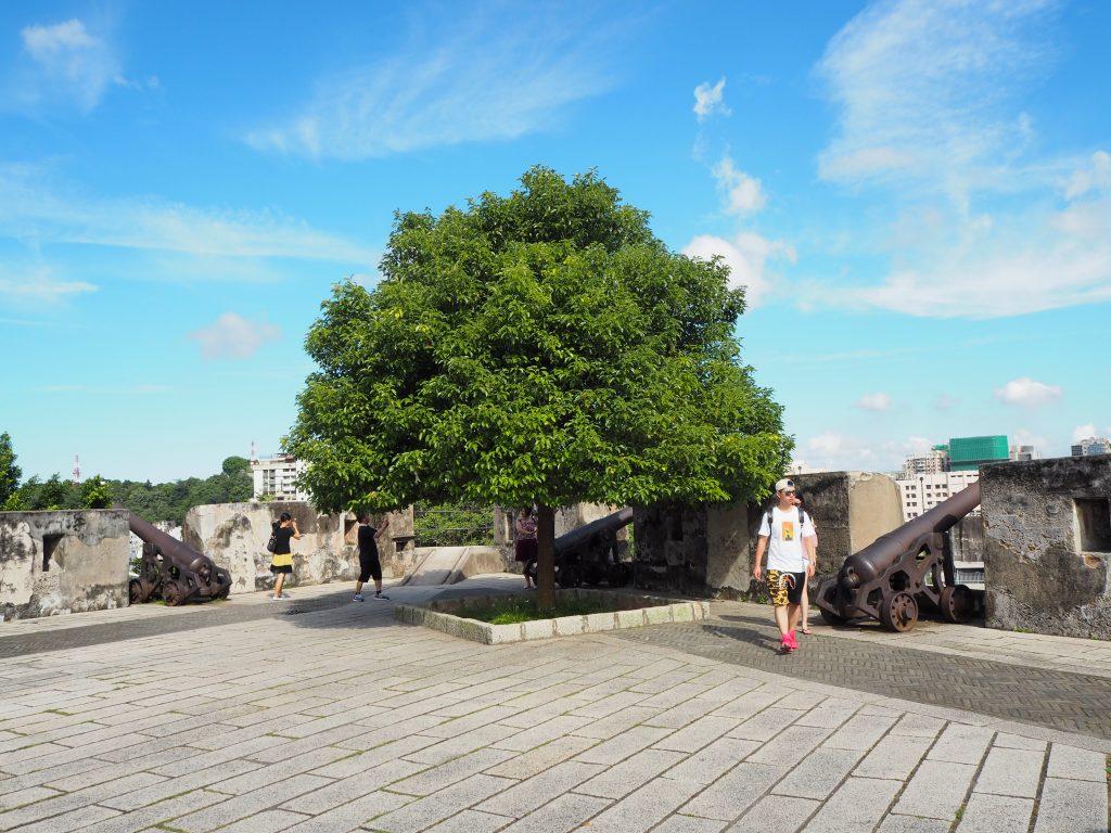 モンテの砦の中
