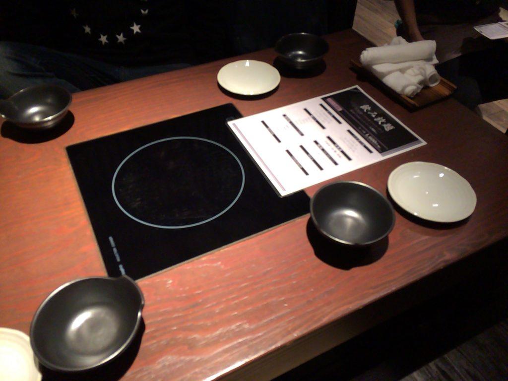 「博多もつ鍋おおやま 梅田茶屋町店」の個室