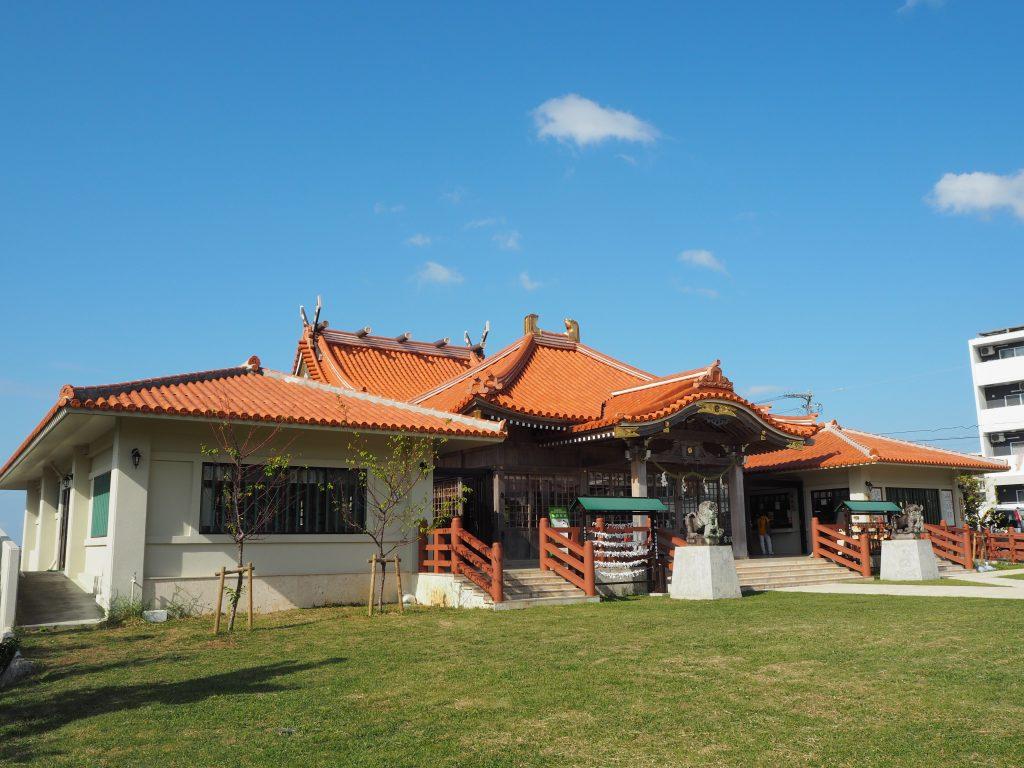 色鮮やかな宮古神社