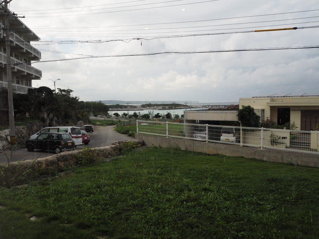 店内からはトゥリバーの港が見える
