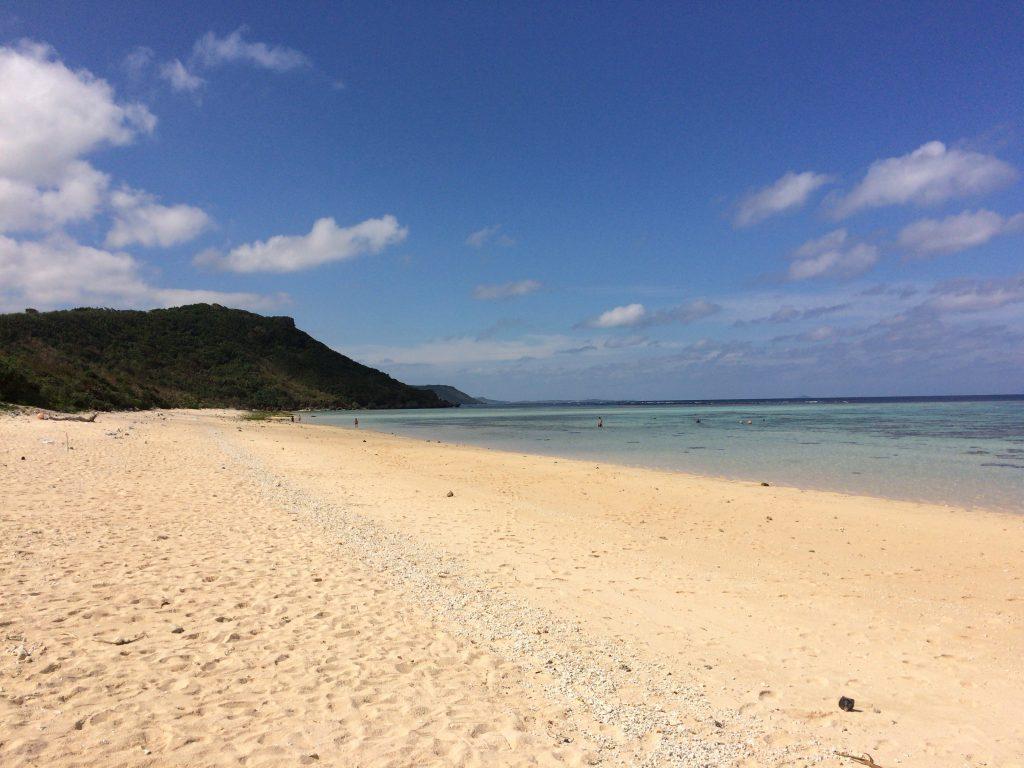 新城海岸のビーチ
