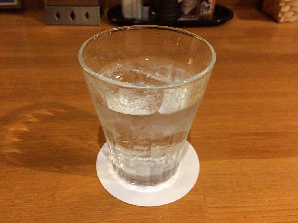 黒糖焼酎「島有泉(しまゆうせん)」。与論島で造られている唯一のお酒らしい