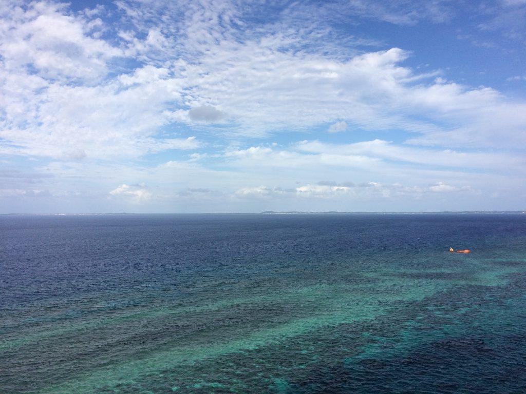フナウサギバナタ展望台から海を望む