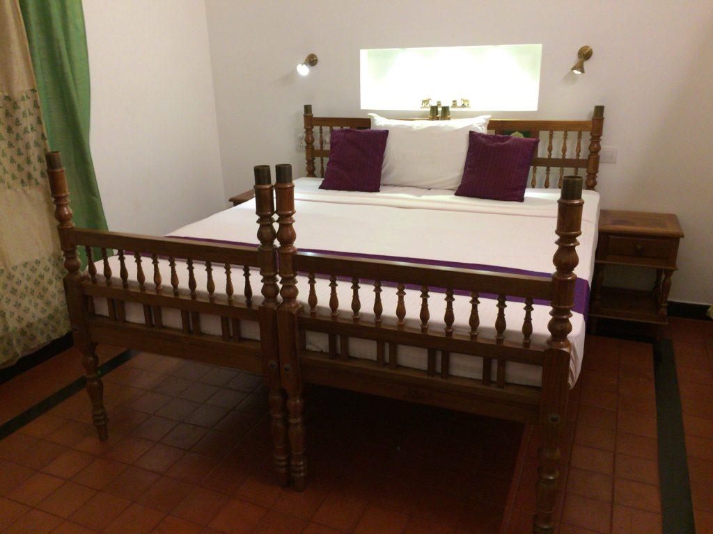 シングルベッドを2つ合わせた幅広のベッド