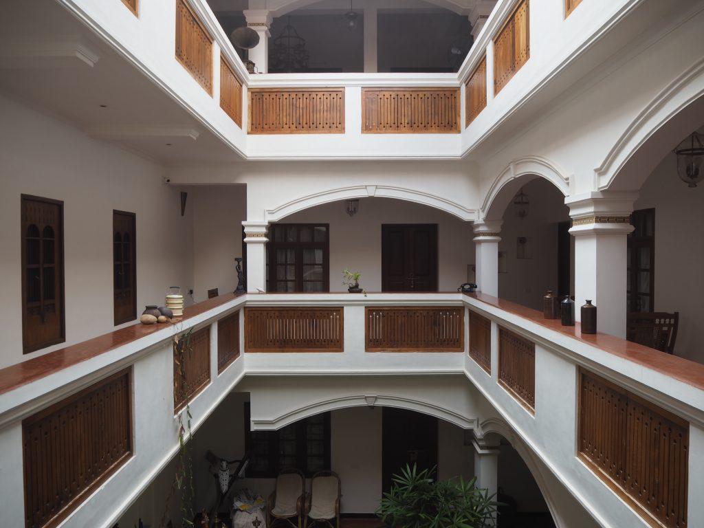 「ザ フォート バンガロー」の内部