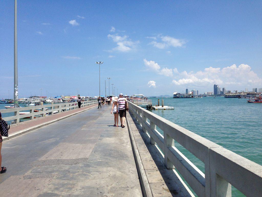 バリハイ桟橋(Bali Hai Pier)