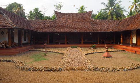 伝統建築を利用した歴史のあるホテル