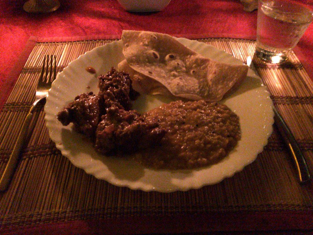 パパダム、鶏肉とダル