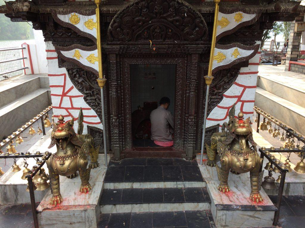 バラヒ寺院の正面