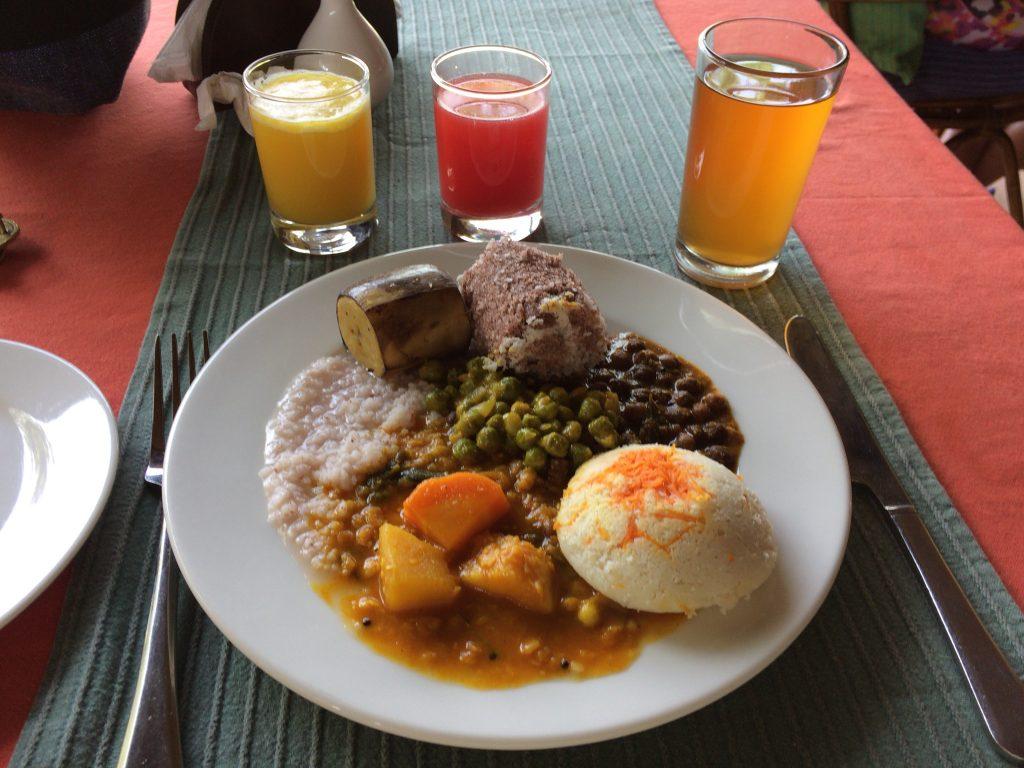 ビュッフェ(バイキング)形式の朝食