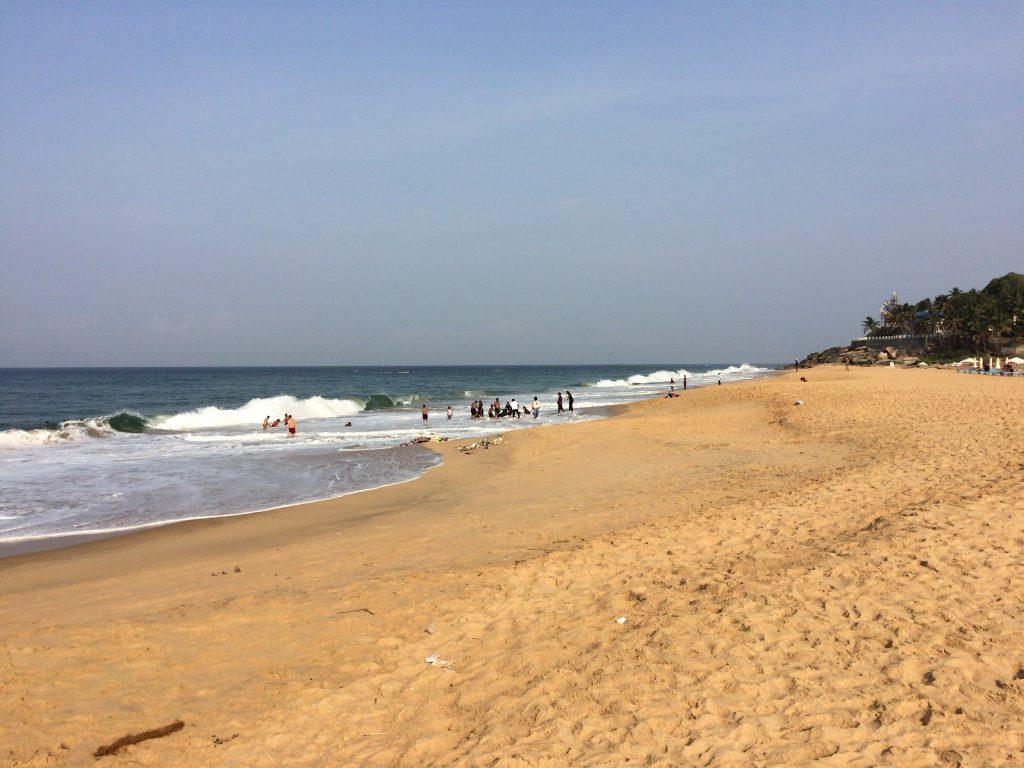 アディマラスラビーチ(Adimalathura Beach)