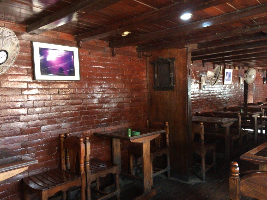 歴史を感じる古風な雰囲気のレストランだ