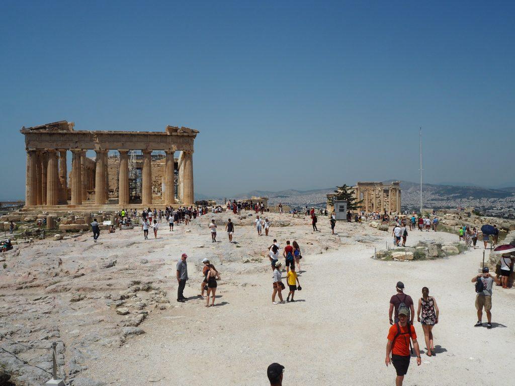 アクロポリスの全景