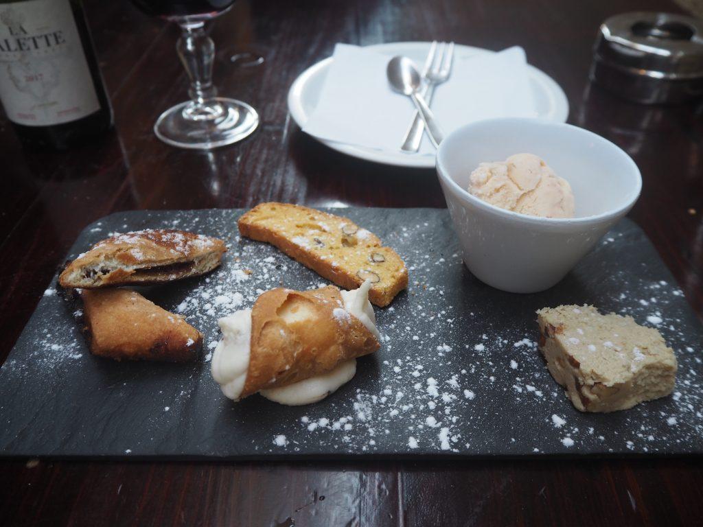 マルタのデザート。予想通りかなりの甘さだった