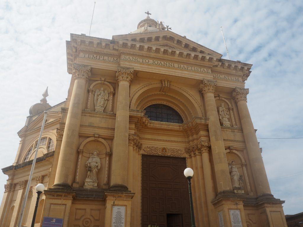 シェウキーヤ教会のファサード
