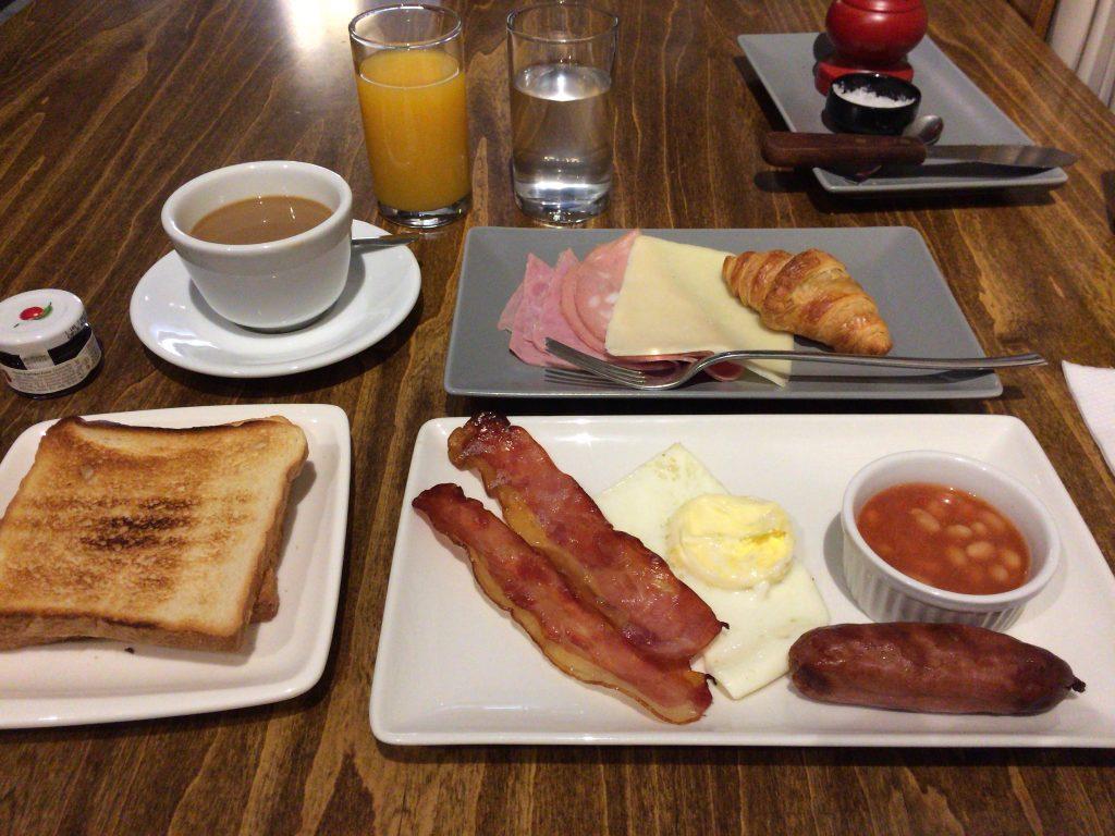 「Quaint Hotel」の朝食