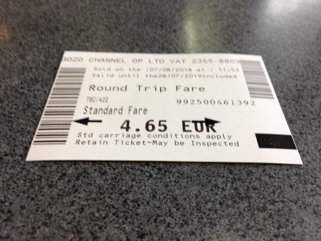 往復フェリーチケット(4.65ユーロ)。チケットは約1年間有効だ