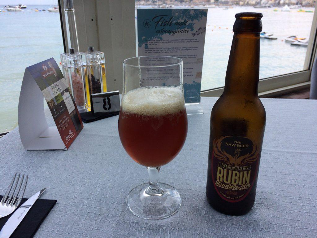 マルタビール「Rubin Double Ale」。ベルギービールのようで美味しい