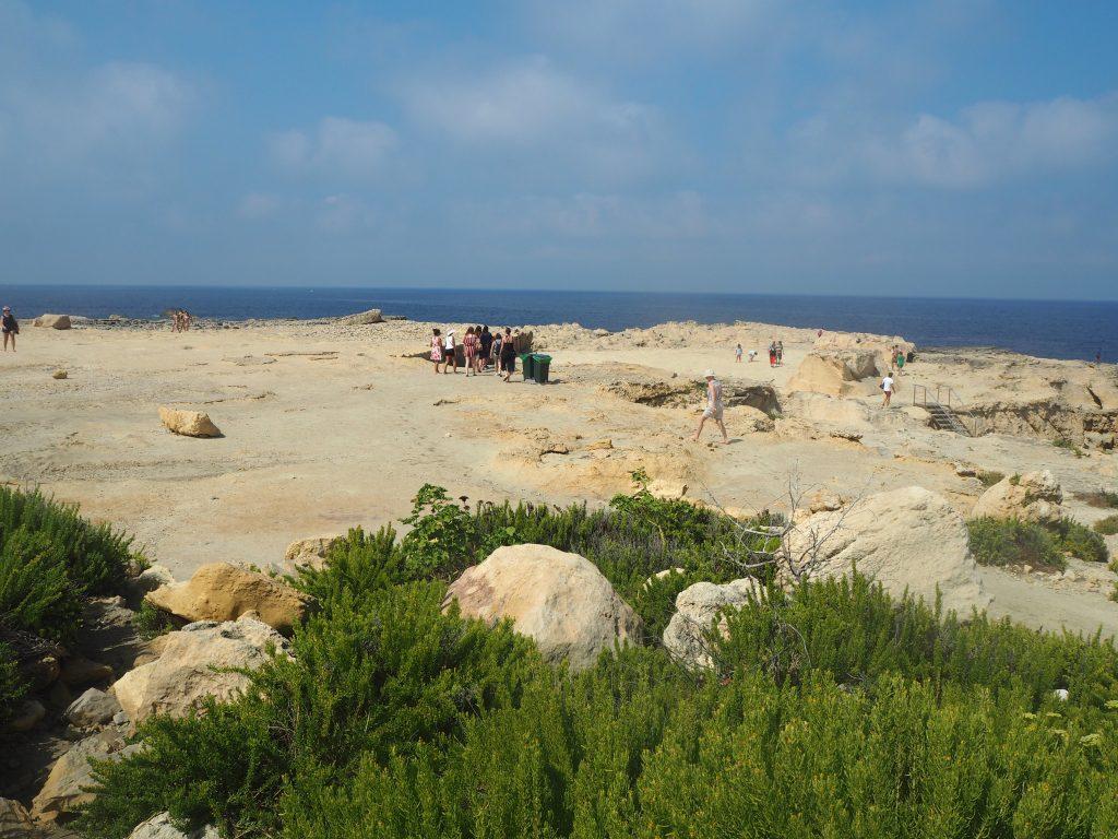 岩場の多いマルタ